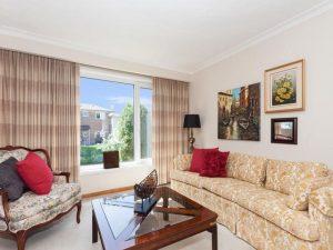15 Degrey livingroom